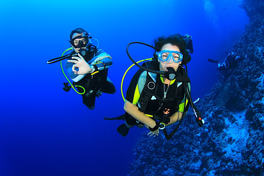 Reduce Covid Risk Scuba Diving - Buddy System