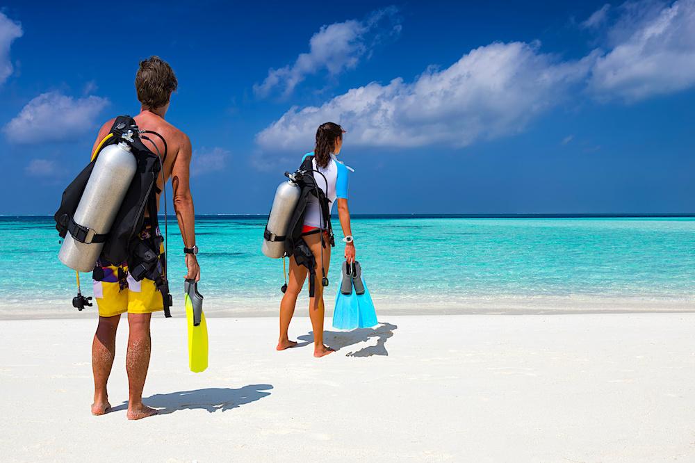Reduce Covid Risk Scuba Diving - Divemaster Course & Internships