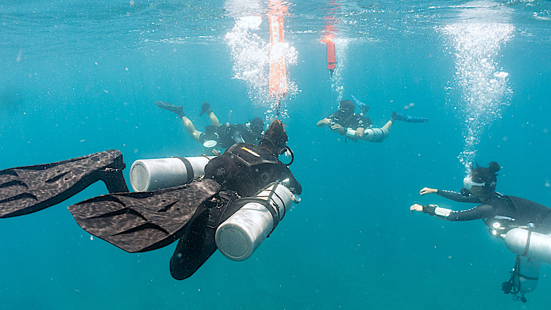 Learn to become a Sidemount Diver on Koh Tao